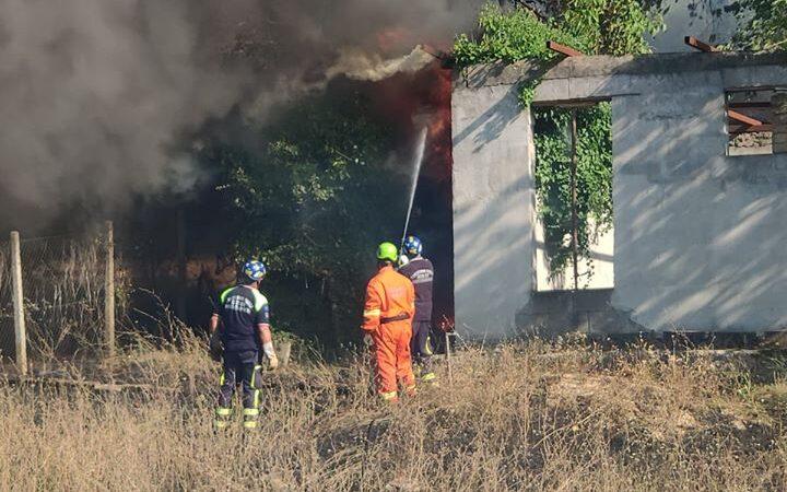 """Comune di Colonna, ancora incendi nella zona """"La macchia"""""""