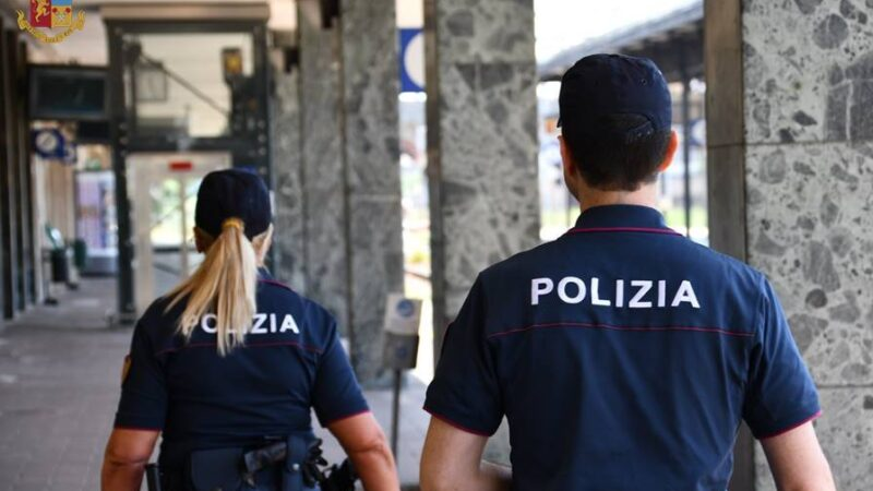 """Roma. Attenzione ai """"finti poliziotti""""."""