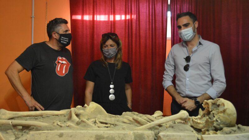 Archeologia a Pomezia, uno scheletro umano del periodo tardo antico perfettamente conservato al Museo Lavinium.