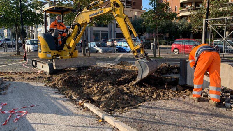 Comune Pomezia, iniziati i lavori a Piazza San Benedetto