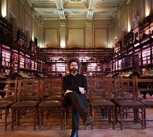 """Teatro, l'amaro sfogo di Simone Cristicchi: """"Si torna a casa, con amarezza. Non siamo indispensabili?"""""""