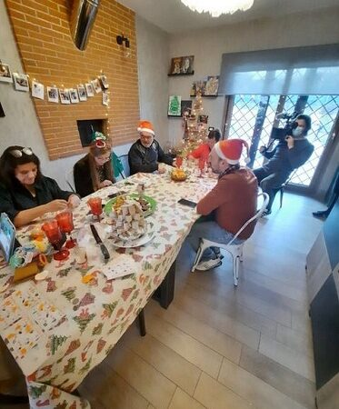 """TV, anche Lariano protagonista nel reality olandese """"Au pairs"""" 2021"""