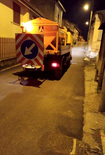 Monte Compatri, in arrivo il freddo: salatura preventiva delle strade