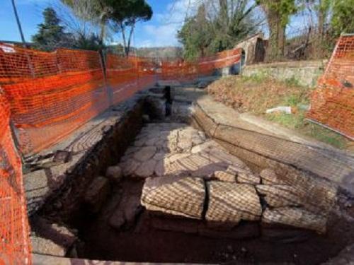 Grottaferrata – Riemerge al Tuscolo un tratto dell'antica Via Latina