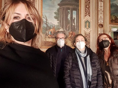 Ariccia, Anita Luciano Cioli e Irene Falcone in visita alla Locanda Martorelli – Museo del Grand Tour